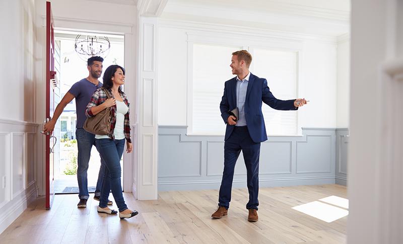 Trenger du å samarbeide med en eiendomsmegler?