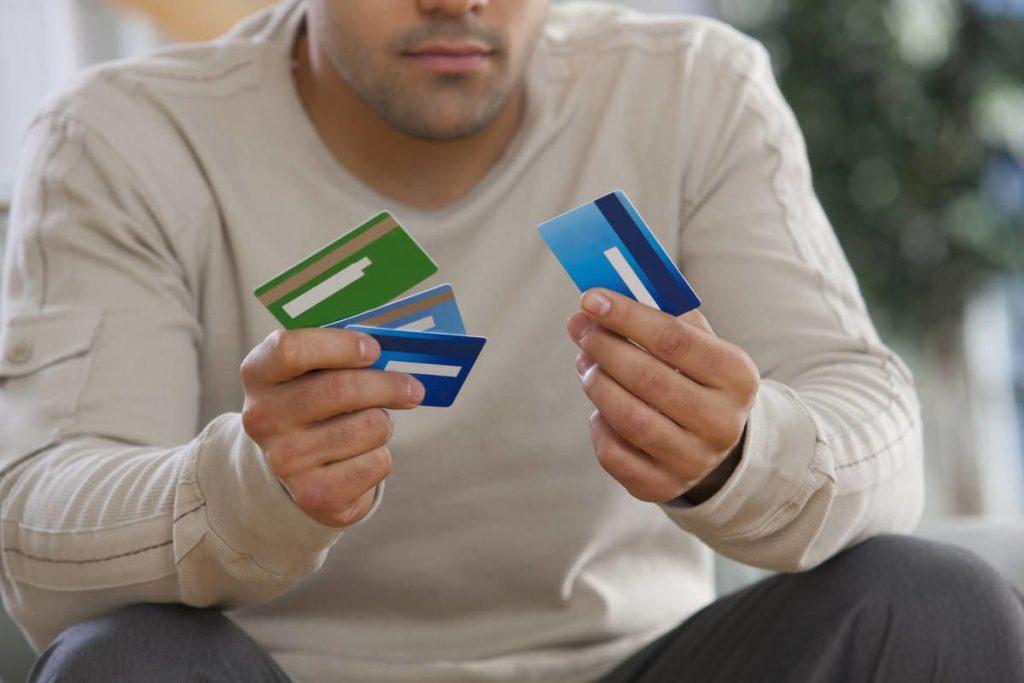 Proč je použití vaší kreditní karty v případě nouze riskantní